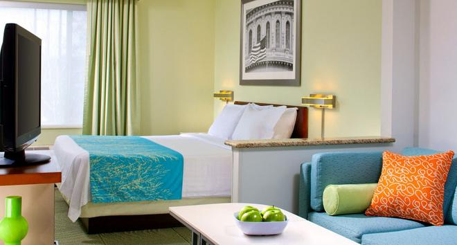 SpringHill Suites by Marriott Herndon Reston - Herndon - Habitación