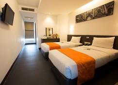 棉蘭瑞士酒店 - 棉蘭 - 棉蘭 - 臥室