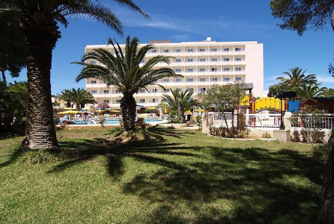 愛瑞索怡維薩酒店 - 式 - 聖歐拉利亞德爾里奧 - 伊維薩鎮 - 建築