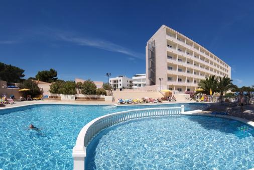 Invisa Hotel Ereso - Thị trấn Ibiza - Toà nhà