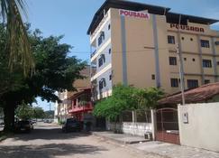 Pousada Dom Manuel - Piúma - Κτίριο