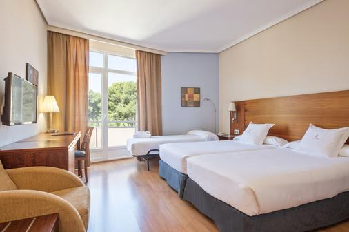 Hotel Sercotel Los Llanos - Albacete - Κρεβατοκάμαρα