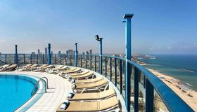 Isrotel Tower Hotel - Tel Aviv - Piscina