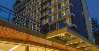 Swiss Lenana Mount Hotel - Nairobi - Vista del exterior