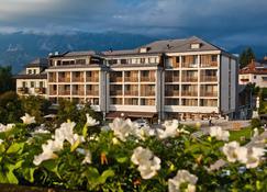 Hotel Lovec - Bled - Building