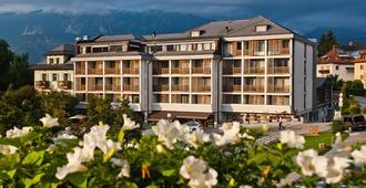 Hotel Lovec - Bled - Rakennus