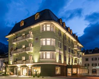 Post Hotel - Tradition & Lifestyle Adults Only - San Candido - Gebouw