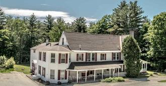 Cranmore Mountain Lodge Bed & Breakfast - North Conway - Building