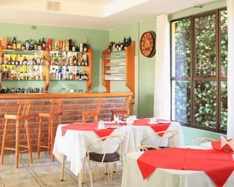 Hotel Rocas Del Pacifico - Pichilemu - Bar