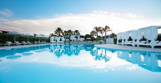 Hotel Resort Mulino a Vento - Uggiano la Chiesa - Pool
