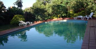 Residencial Uno Hostel - Puerto Iguazú - Pool