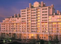 The Grand Complex at Sandestin Golf and Beach Resort - Destin - Building