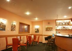 Hotel Mira - Prague - Bar