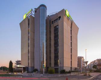 Holiday Inn Express Rome - East - Roma - Edificio