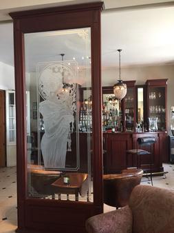 Hotel Niederländischer Hof Schwerin - Σβερίν - Bar