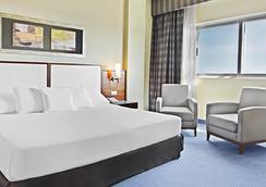 厄爾巴阿爾梅里亞商務會議酒店 - 阿爾梅里亞 - 阿爾梅利亞 - 臥室