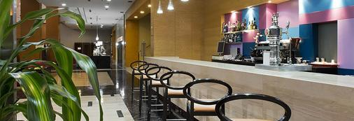 Elba Almería Business & Convention Hotel - Αλμερία - Bar