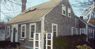 Moffett House Inn - Provincetown - Building