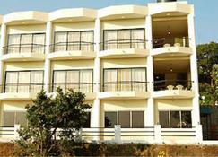 OYO 15939 Talwalkar's Serene Resort - Mahābaleshwar - Building