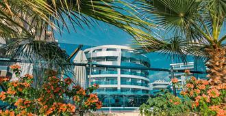 Sunprime C-Lounge Hotel - Adults Only - אלניה - בניין