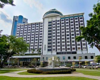 Bayview Hotel Georgetown Penang - George Town - Building