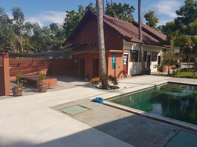 Pebble & Fins Bali Resort - Denpasar - Pool