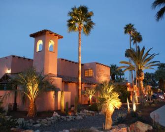 Hotel California - Palm Springs - Building