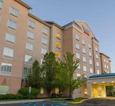 Fairfield Inn & Suites by Marriott Newark Liberty Int'l Airport
