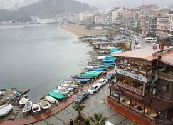 Marina Hotel - Amasra - Outdoors view
