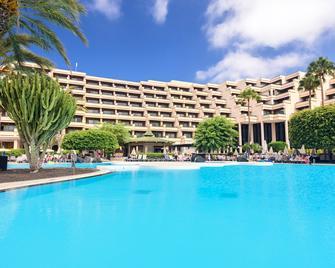 Barcelo Lanzarote Playa - Costa Teguise - Pool
