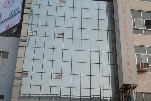 Airport Hotel Delhi Aerocity Inn - New Delhi - Building