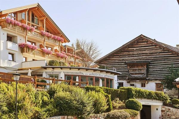 Hotel Gebhard - Fiss - Rakennus