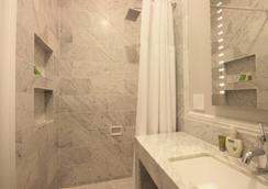 Monte Cristo Inn - San Francisco - Bathroom