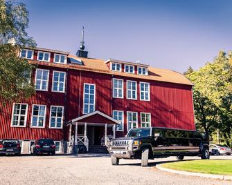 Crew Hotel Arlanda - Rosersberg - Edificio