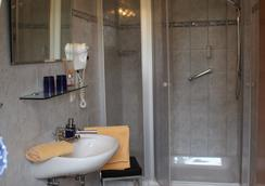 Gästehaus Niemerg - Warendorf - Bathroom
