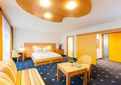 瓦德霍夫酒店 - 澤爾時見 - 臥室