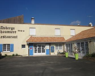 Auberge La Chaumiere - Сен-Жан-де-Мон - Building