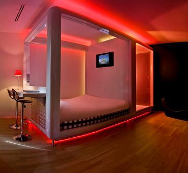 Qbic Hotel Amsterdam Wtc - Amsterdam - Bedroom