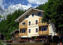 Hotel Vallée Blanche - Courmayeur - Edificio