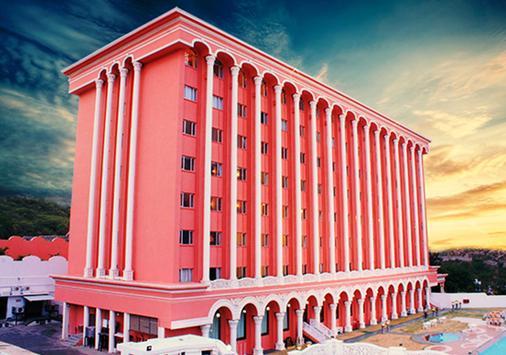 Hotel Sitara - Hyderabad - Building