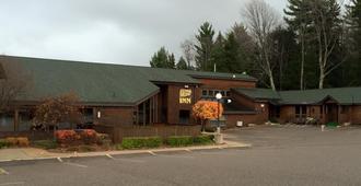 Cedar Motor Inn - Marquette