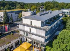 Seminaris Avendi Hotel Potsdam - Potsdam - Building