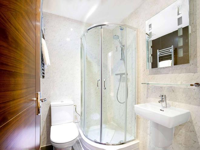 皇后公園酒店 - 倫敦 - 倫敦 - 浴室