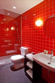 Chic & Basic Ramblas - Barcelona - Bathroom