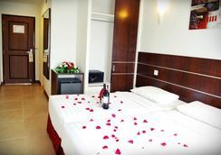 Bella Vista Express Hotel Langkawi - Langkawi Island - Bedroom