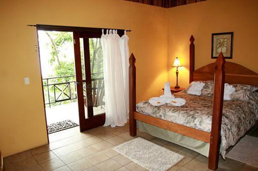 Mango Moon Villa - Manuel Antonio - Bedroom