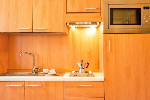 Hotel La Genziana - Rome - Kitchen