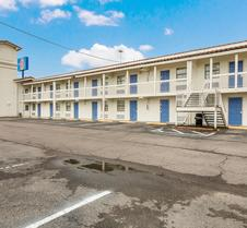 Motel 6 Beaumont, TX