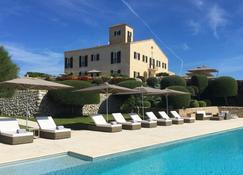 Cugo Gran Menorca - Маон - Pool