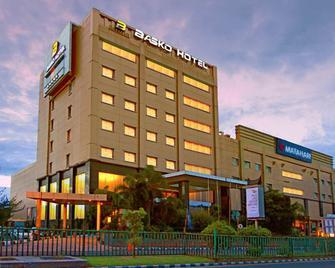 Premier Basko Hotel Padang - Паданг - Здание